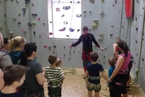 Lezení na lezecké stěně v Jihlavě – 16.1.2016