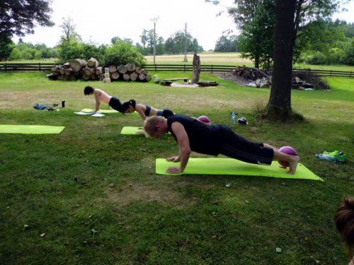 Power jóga a pilates pod břízami – 18.7. a 15.8. 2015